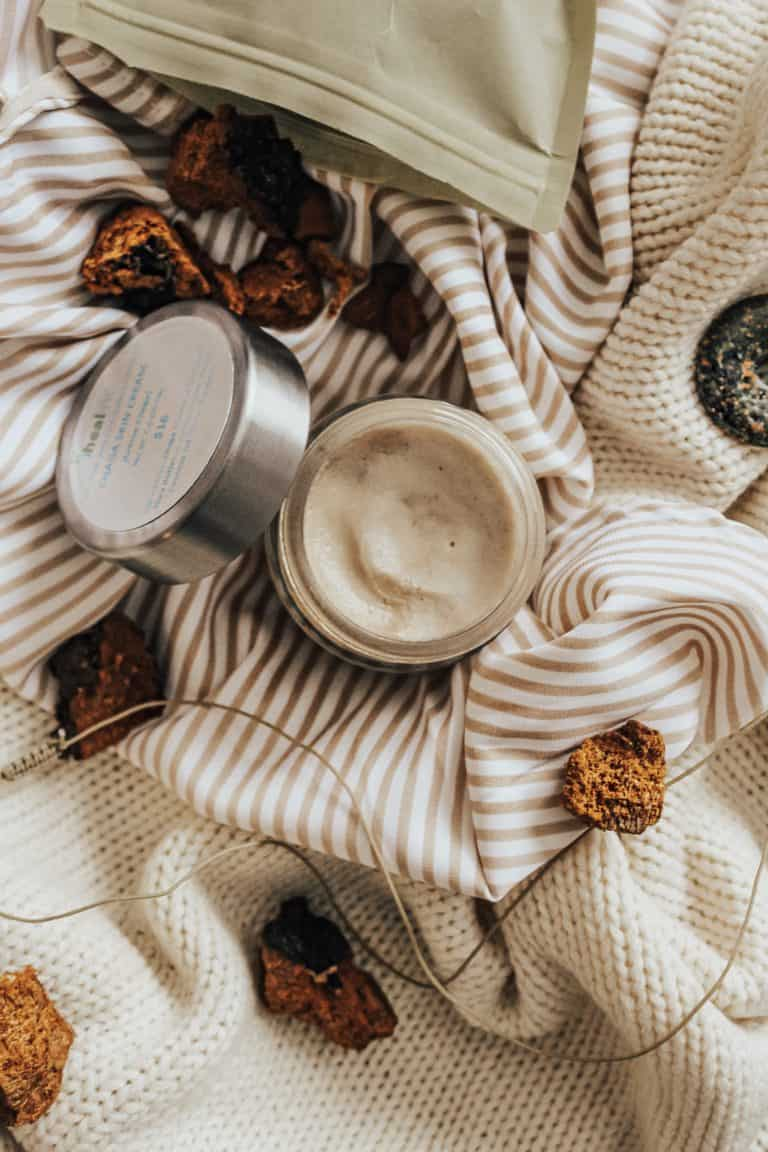 Chaga Skincare - Is this anti-inflammatory, anti-cancer mushroom the future of healing the body & skin? Here's 5 amazing ways chaga can benefit your skin!